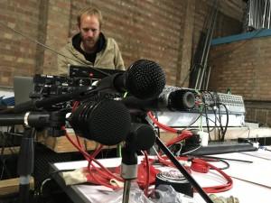 Kenver mics things up